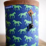 wildwexel chalkbag tiere pferde gruen